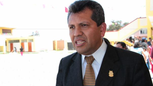 El director de la UGEL Chiclayo, profesor Darío Balcázar Quintana