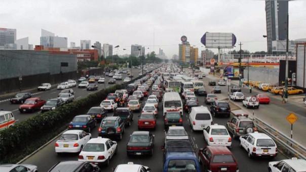 Lima, la peor ciudad de América Latina para conducir según Waze