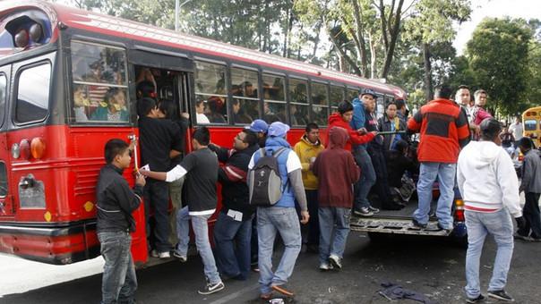 Ciudad de Guatemala tiene un transporte público y particular tan caótico como Lima