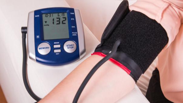 Presión arterial alta superior baja inferior