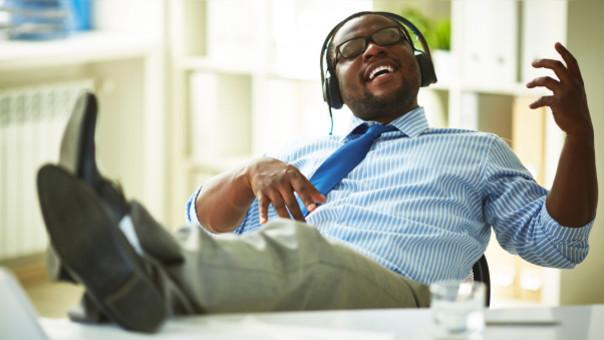 música en el trabajo