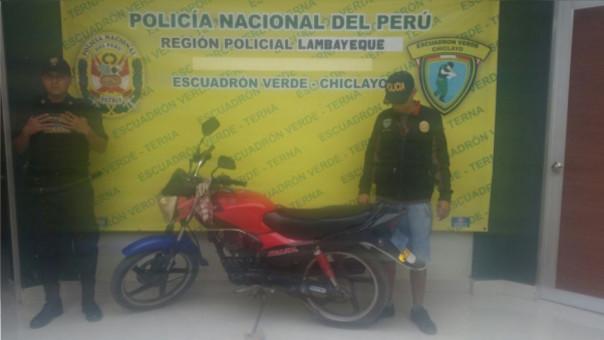 Dicha unidad fue reportada como robada en el Deprove de Chiclayo.
