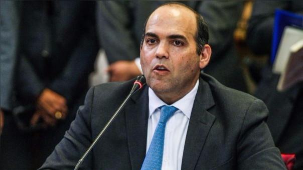 Fernando Zavala, presidente del Consejo de Ministros, sustentó en septiembre el pedido de facultades.