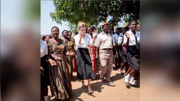 Emma Watson: actriz usa calzado trujillano