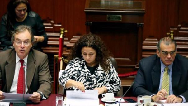 Comisión de Presupuesto aprobó aumento de sueldos a policías y militares para octubre.