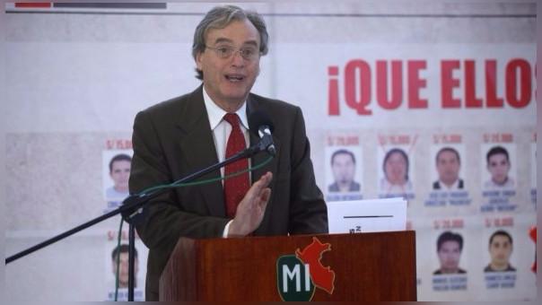 El ministro del Interior Carlos Basombrío acudirá al Congreso para explicar situación en Las Bambas.