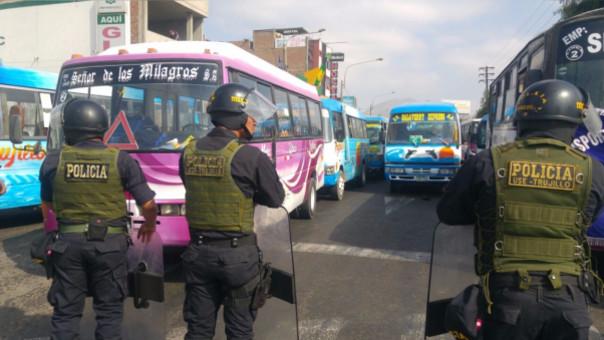 Paro de transportistas: cae protestante que atacó microbús en Trujillo