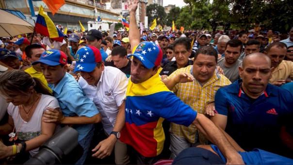 Capriles, uno de los principales líderes, había dicho previamente que no iba a acudir al diálogo en Isla Margarita.