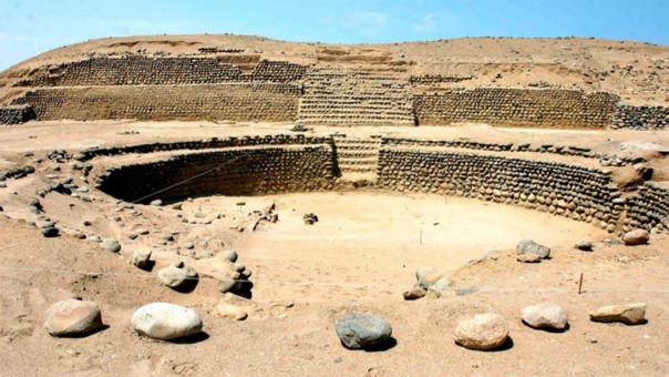 Bandurria está a 140 kilómetros de la ciudad de Lima.