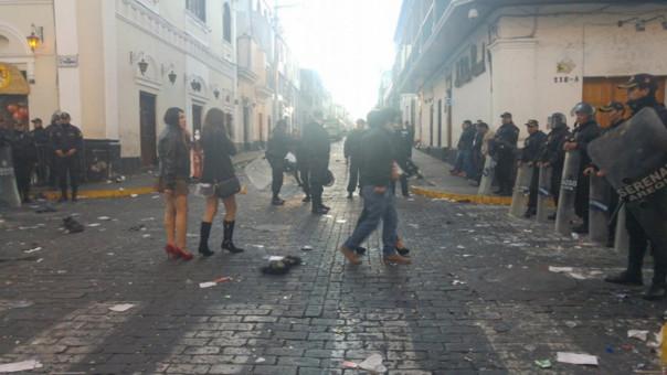 05ed2440c4fb6 Celebración de Halloween terminó con disturbios en las calles de Arequipa