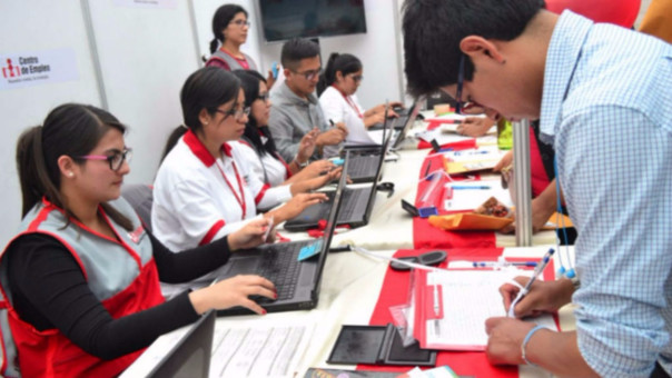 Más de 130 empresas ofrecerán puestos de trabajo en feria laboral en San Juan de Lurigancho.