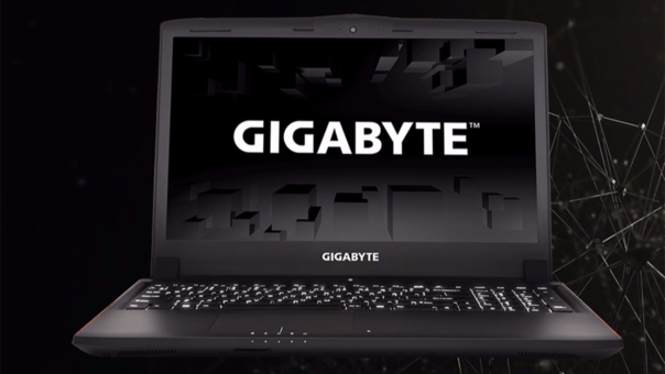 Laptop Gigabyte P55K.