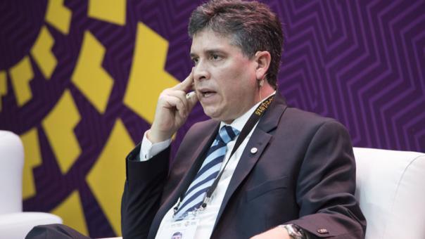 Orlando Marchesi, socio principal de PwC Perú, presenta resultados de encuesta anual de CEOs APEC.