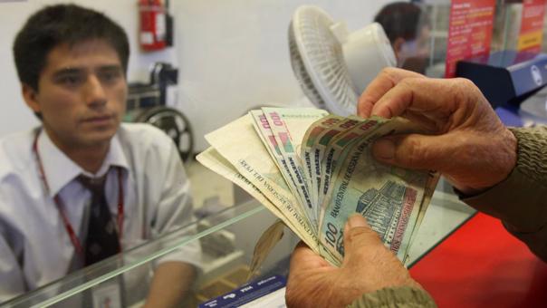 Financiamiento bancario se desacelera y llega a su menor nivel en el año.