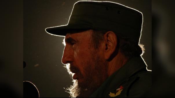 Fidel Castro recibió en 1950 su diploma en leyes por la Universidad de la Habana.