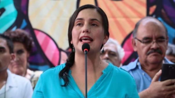 Verónika Mendoza valoró el legado de Fidel Castro como uno de lucha por la justicia social, pero con errores y agresiones.