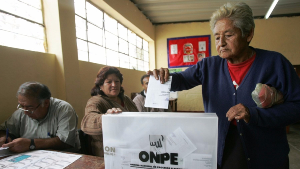 La ONPE pidió al Congreso la mejora del sistema electoral.