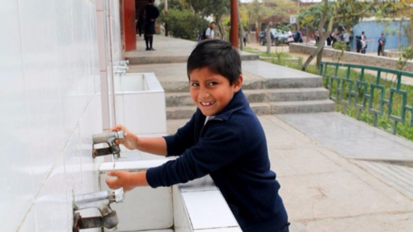 El verano es la estación en la que más demanda de agua hay en Lima.