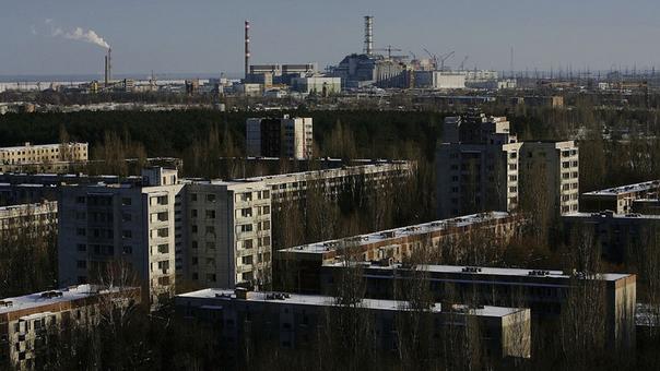 El reactor de Chernóbil está ahora encerrado en un gran sarcófago de hormigón