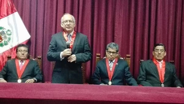 Elección del juez Carlos Salazar como titular de la Corte del Santa