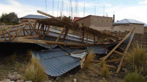 Al menos seis familias quedaron afectadas con fuertes vientos.