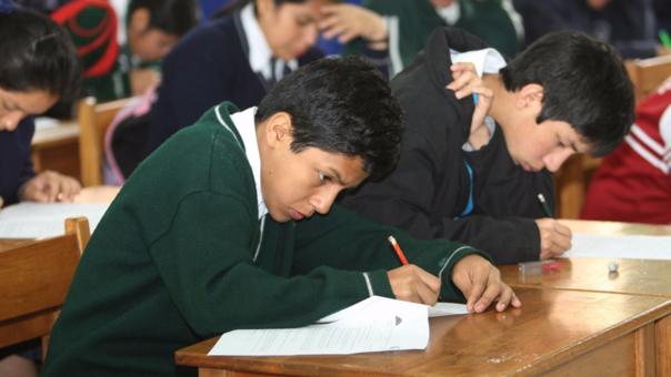 ¿Crees que podrías resolver las preguntas a las que fueron sometidos los estudiantes peruanos?