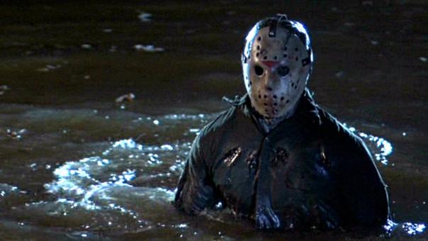 Jason Vorhees, el asesino de las películas de Friday 13th, se ha convertido en el máximo símbolo contemporáneo de ambas fechas.