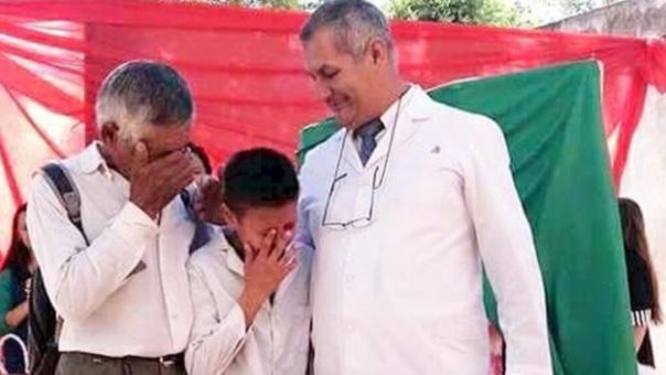 La conmovedora foto de graduación de un nene que se volvió viral