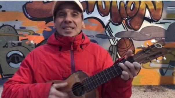 Manu Chao canta Huelga de Amores y deja un mensaje