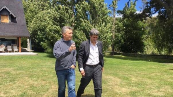 Alfonso Prat-Gay y Mauricio Macri.