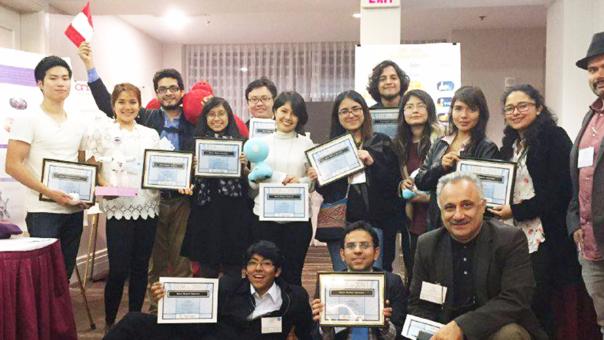 Finalistas y ganadores del Concurso de la 8va Conferencia de Robótica Social (ICSR) en Kansas, Estados Unidos