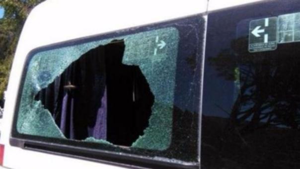 Así quedó la camioneta en la que viajaba el presidente argentino Mauricio Macri. Siete personas fueron detenidas.