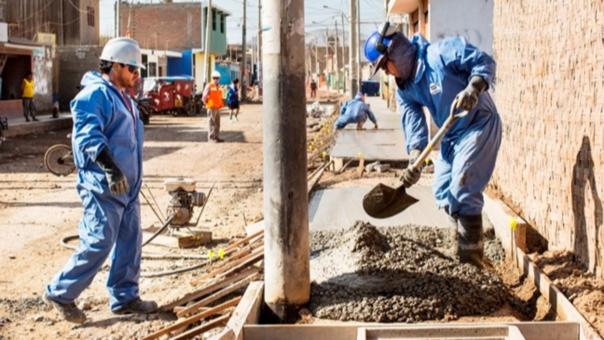 Al cierre del año 2016, indicó que se adjudicaron 56 proyectos de inversión pública a través de este mecanismo por un monto total de 713 millones de soles.