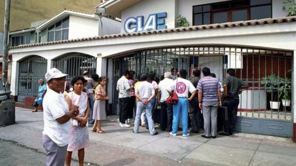 CLAE inicia devolución de dinero a exclaístas estafados.