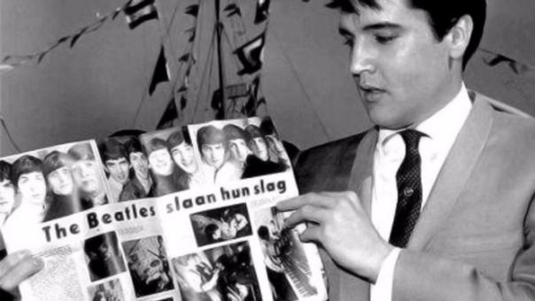 Los Beatles conocen a Elvis Presley