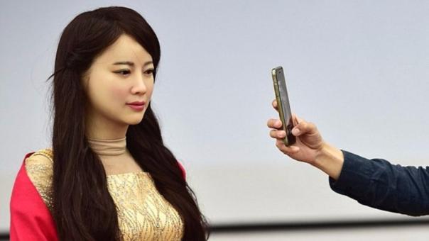 Jia Jia es la primera robot de su tipo en China