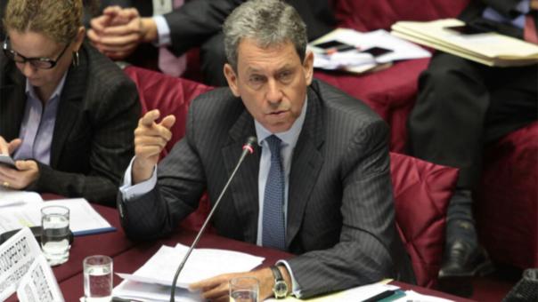 Ministro Alfredo Thorne afirma que este gobierno es el primero en implementar políticas económicas a favor de la clase media.