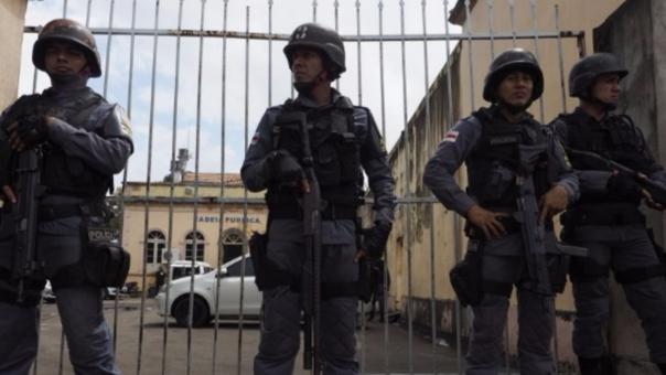 Los enfrentamientos entre la policía y los delincuentes en las cárceles cada vez son más violentos.
