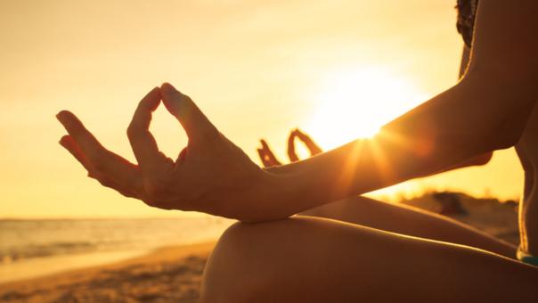 La meditación reduce los dolores.