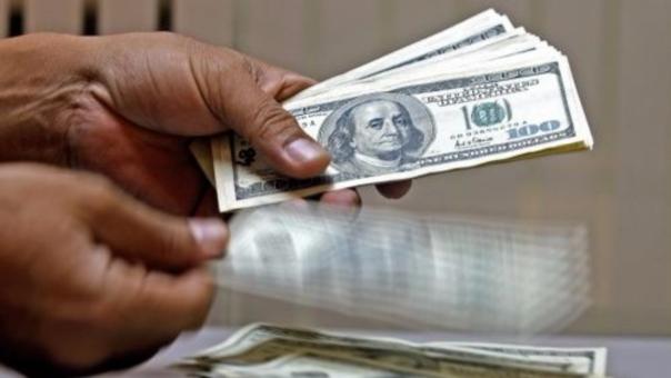 La divisa estadounidense en lo que va del año ha subido 0.42 por ciento.