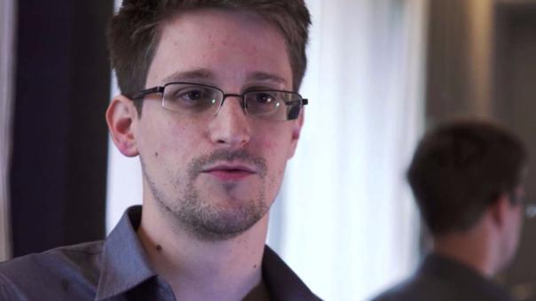 EU pidió a Rusia entregar a Snowden como 'regalo' para Trump: abogado
