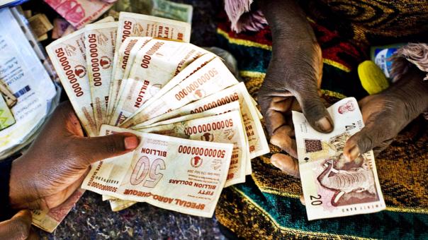 La hiperinflación en Zimbabue es la más alta que se experimentó en el siglo XXI y la segunda en la historia.
