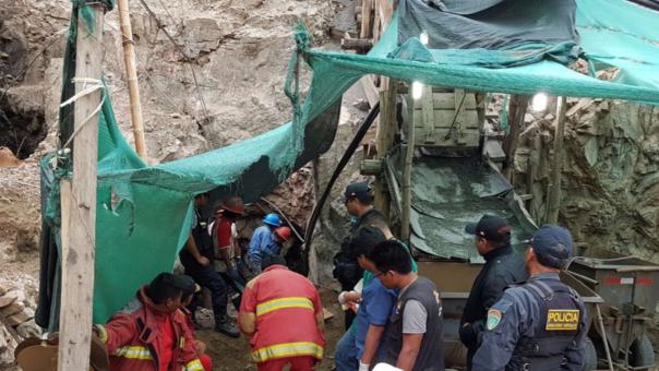 Cuarenta mineros especialistas en rescate se encuentran en Acarí.