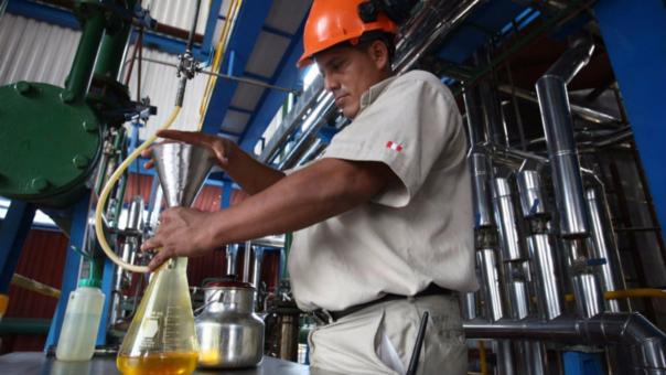 La tasa de empleo total de las industrias peruanas formales e informales cayó 7.7%, el equivalente a 130 mil trabajadores, indicó el SNI.