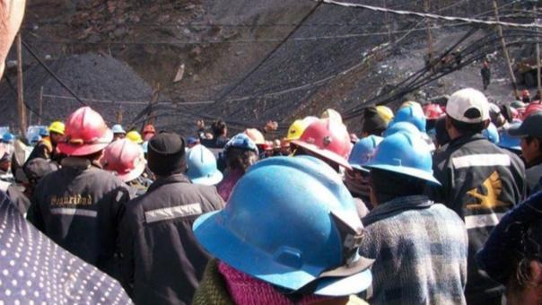 Minero realizaba búsqueda de mineral cuando ocurrió el accidente.