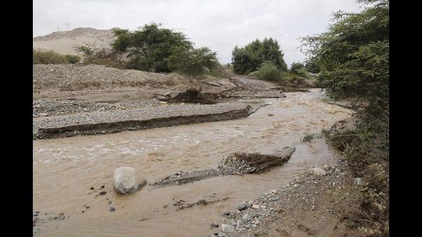 Desborde de río Lacramarca