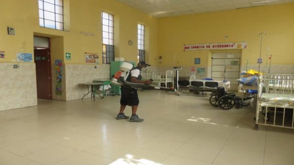 Campaña de fumigación en hospital