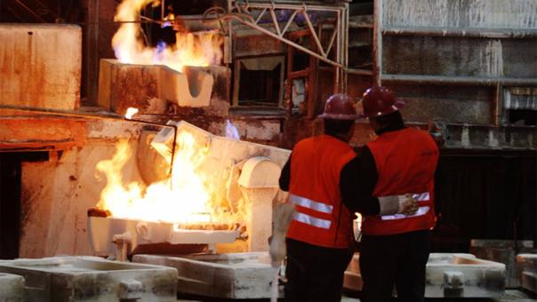 """""""El 50% de la producción mundial de cobre está entre Perú y Chile""""."""