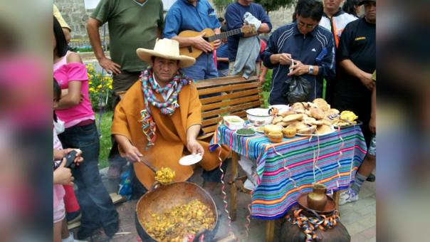 El Festival de la Chicha y el Pan caracteriza al barrio San Sebastián