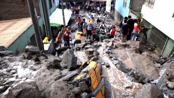 Impactos de un huaico en la región de Piura.